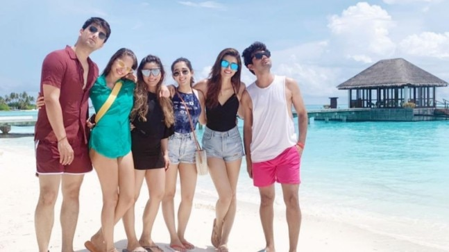 Kriti Sanon enjoys vacay in Maldives with friends