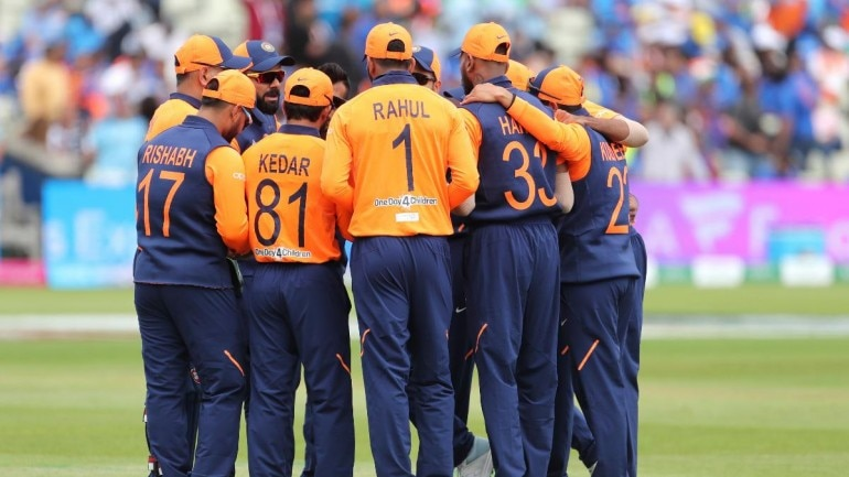 world cup 2019 fans divided as india don orange jersey against england