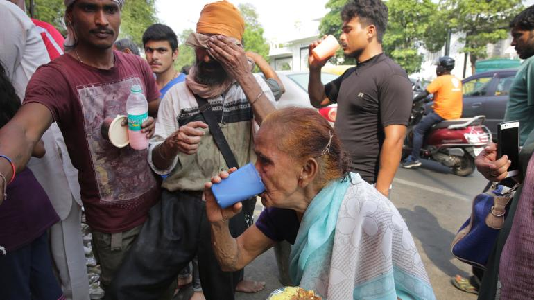 Your weather roundup: 4 die of heat in UP, Cyclone Vayu set to