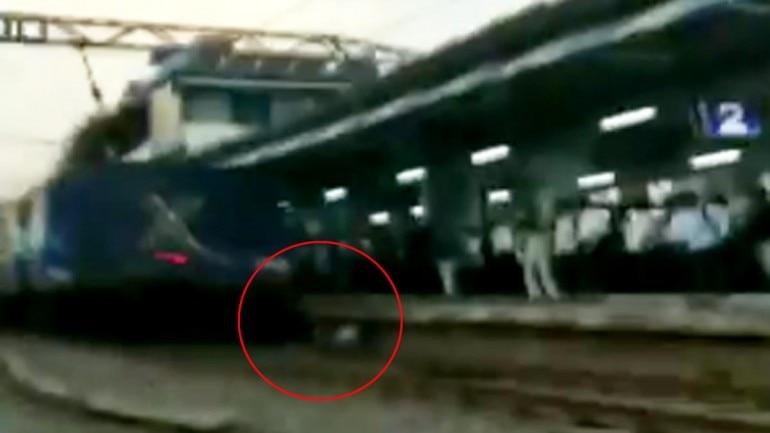 Man stuck between platform and railway station dodges death