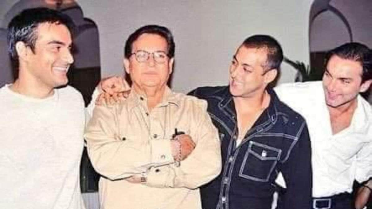 Salman Khan wishes dad Salim Happy Father's Day with sweet throwback photo.  See pic - Movies News