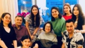Shanaya Kapoor, Sanjay Kapoor and Maheep visited Rishi Kapoor in New York. Riddhima Kapoor Sahni shared a photo from the get together on Instagram.