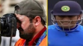 Fact Check: Did this cameraman cry after Dhoni's dismissal against New Zealand?