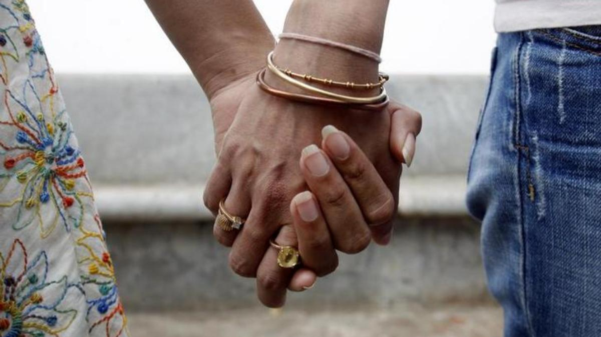 Same sex marriage: Cousins in Varanasi marry against family