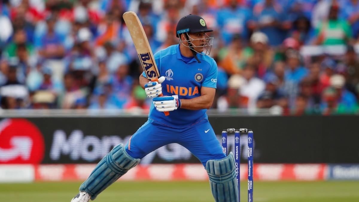 ms dhoni in india vs bangladesh 2019 world cup