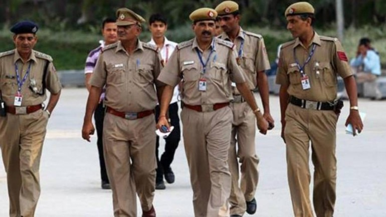 Image result for 5.43 lakh police post vacant, UP tops the chart, Nagaland only state to be overstaffed