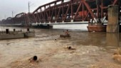 Two teens bathing in Yamuna swept away by current, one rescued