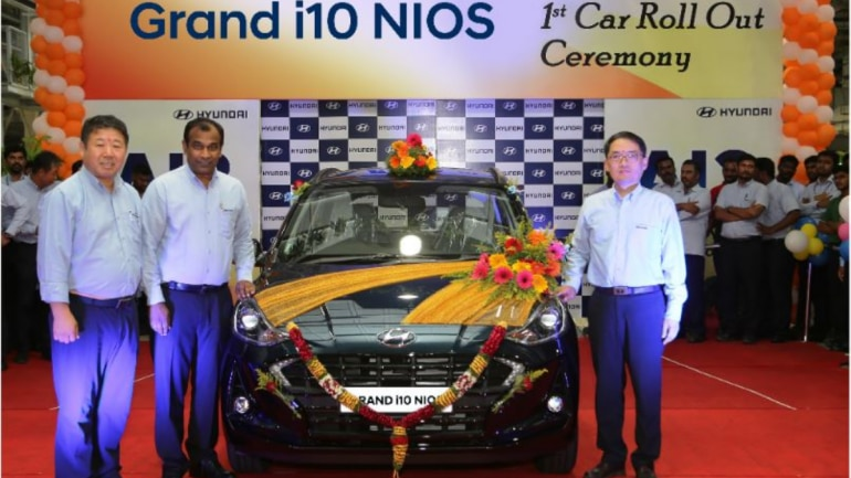 https://akm-img-a-in.tosshub.com/indiatoday/images/story/201908/1st_GRAND_i10_NIOS_Roll_Out-770x433.png?RroE0acwPbb89qRzgDh4FDZ6zkdERJr1