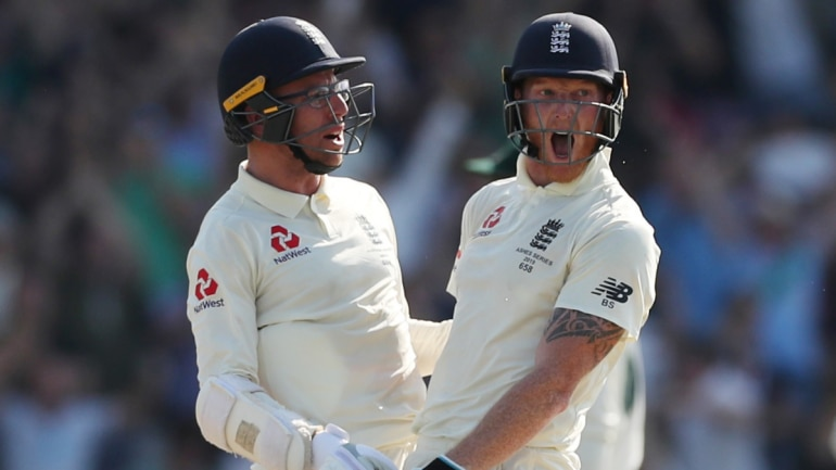 Ashes Sponsors Specsavers To Offer Jack Leach Free Glasses