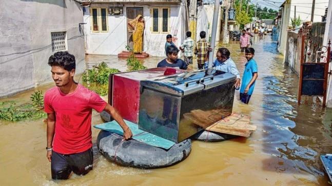 Thousands evacuated as flood fury grips Andhra Pradesh, 30 still missing in Kerala