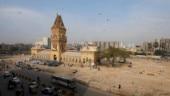 Pareshaan ho gaya hoon: Karachi is losing the war to flies. Forget nuclear threat to India
