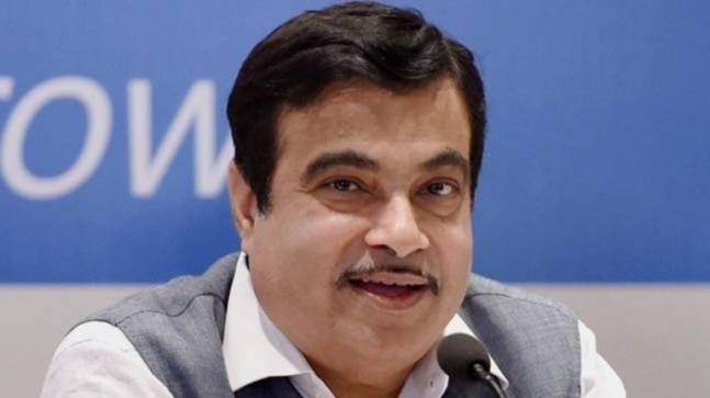 Gadkari on red-tapism: Told officials, solve issue or will tell people dhulai karo