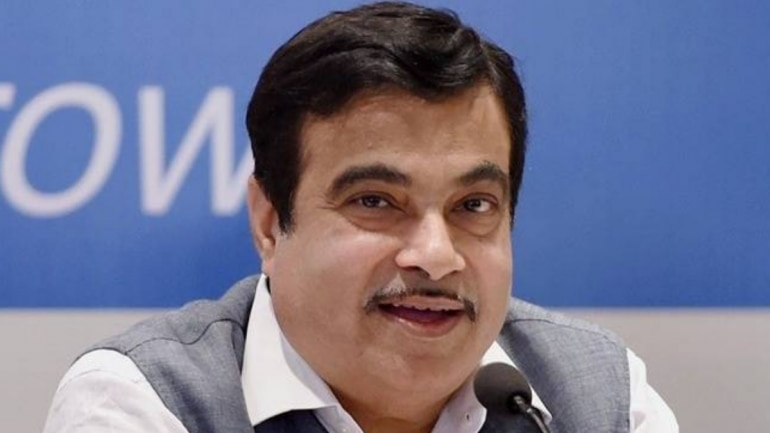 Image result for Union Minister Nitin Gadkari Warns Official to Solve Problem in Eight Days