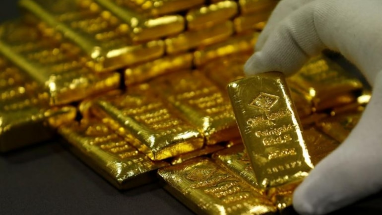 Gold Prices Touch New High Of Rs 40 000 Per 10 Grams