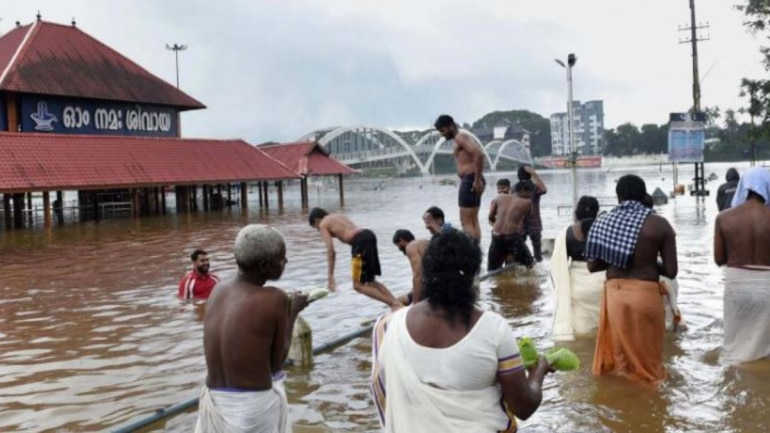 Kerala floods updates: Red alert in 8 districts, death toll