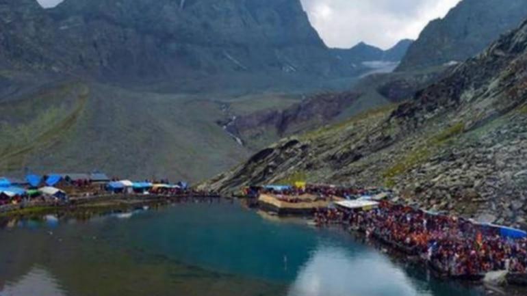 Manimahesh Yatra resumes after temporary path created