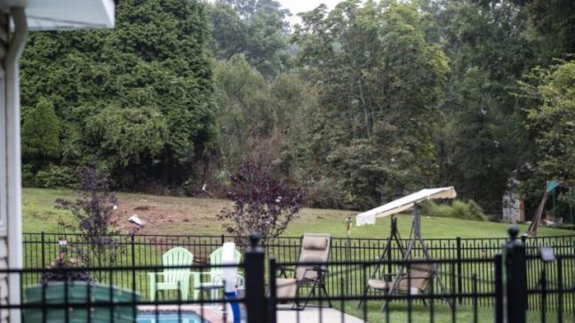 Husband, wife, teen killed after plane crashes behind home in Philadelphia #wanitaxigo