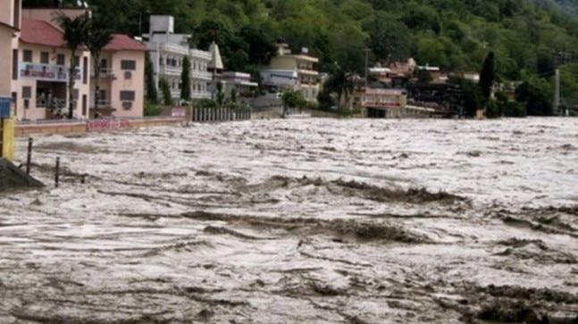 22 go missing, 2K pilgrims stranded in Uttarakhand