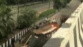 1 dead, 2 hurt as truck falls off central Delhi flyover