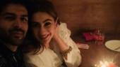 Sara Ali Khan posts old pic with mom Amrita Singh. Boyfriend Kartik Aaryan has best response