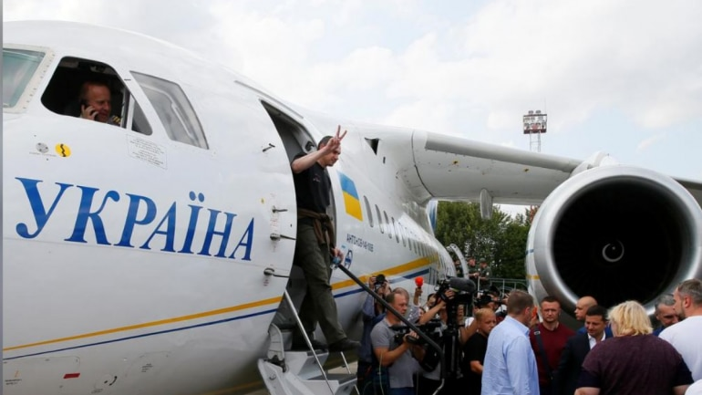 Russia, Ukraine swap dozens of prisoners in first sign of thawing relations