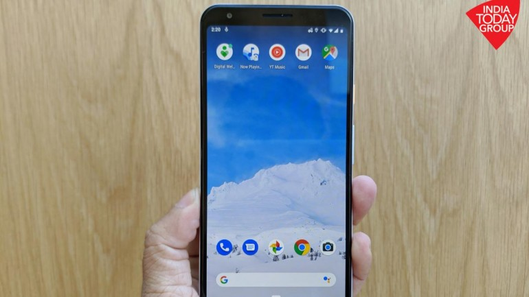 Android 10 settings hint at Pixel phones getting new themes soon