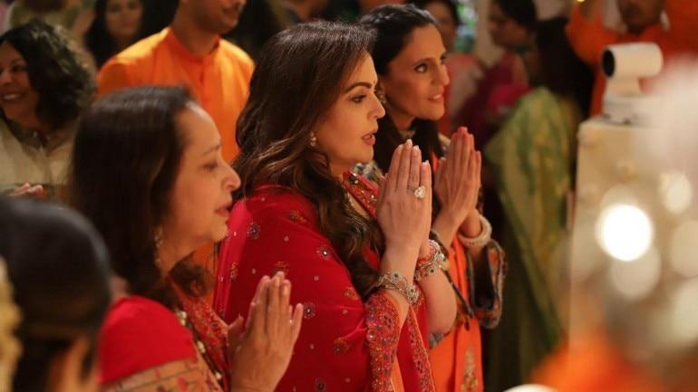 Nita Ambani with Swati Piramal and Mona Mehta at Ganesh Chaturthi