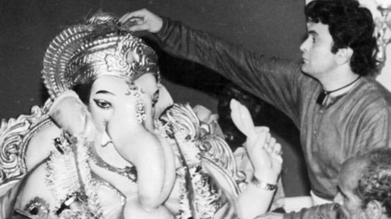 Rishi Kapoor shares throwback photo with Lord Ganesha