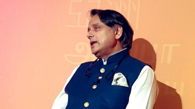 We shouldn't criticise Modi over everything, says Shashi Tharoor in Jaipur
