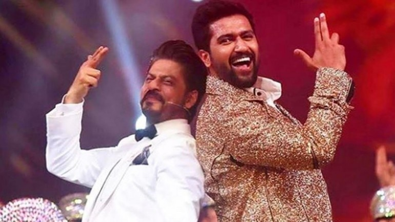 Vicky Kaushal shared a throwback photo with his favourite star Shah Rukh Khan.