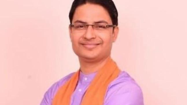 Darjeeling BJP MP's car attacked in Kalimpong