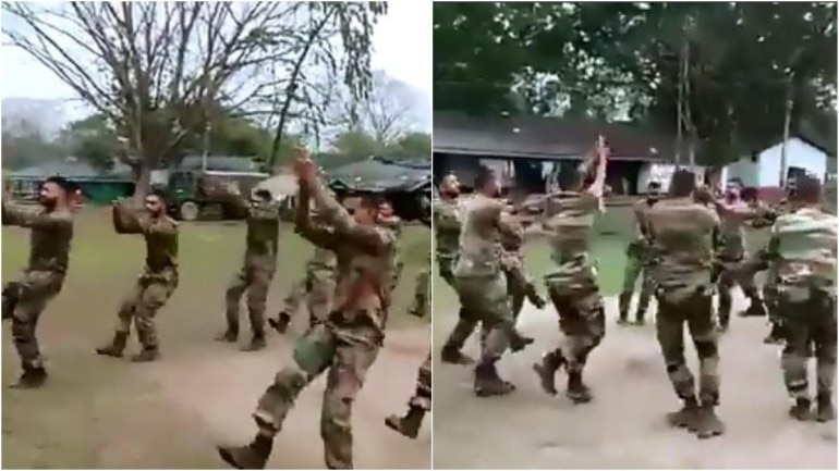 Video of army men doing Garba has set the internet on fire Photo: Twitte/ Anand Mahindra