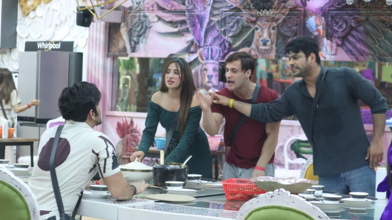 Bigg Boss 13 Sidharth Paras Rivalry Divides The House In