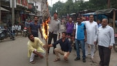 Kamlesh Tiwari murder case: Protesters burn effigy of UP govt in Jharkhand's Sahibganj