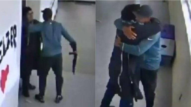 High school coach disarms student and hugs him Photo: Twitter/ Alyssa Milano