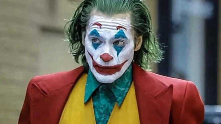 Картинки по запросу Joaquin Phoenix said his 52-pound weight loss for 'Joker' made him 'go mad' and may have given him a disorder