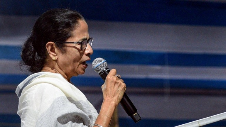 Religious fanatics running schools to brainwash youth: Mamata Banerjee