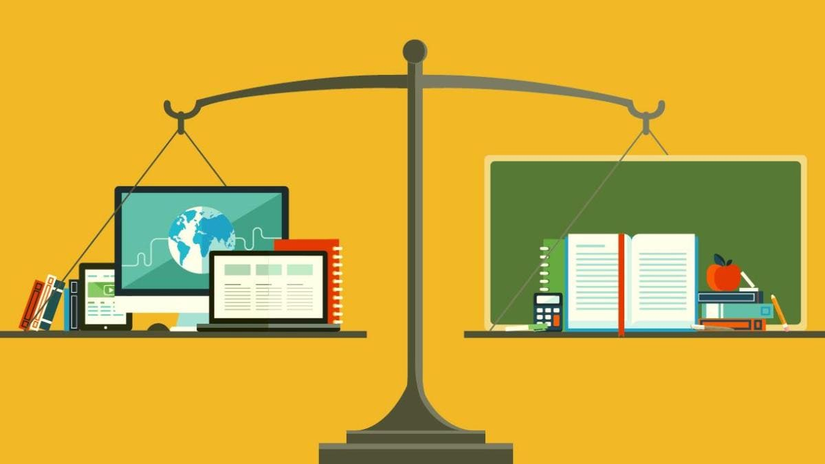 Online tutoring vs classroom teaching or offline teaching