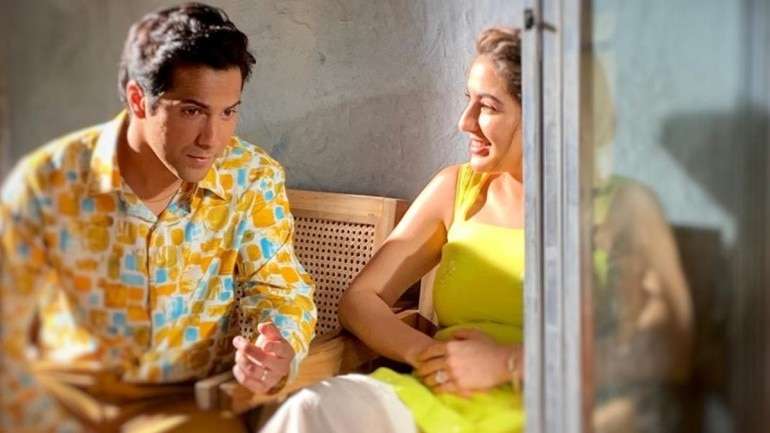 Sara Ali Khan shares new picture with Varun Dhawan from Coolie No 1 set.