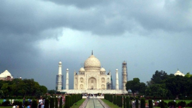 Chinese tourist flies drone over Taj Mahal to get aerial shots, detained by police