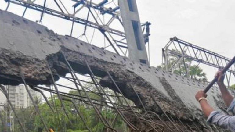 Overbridge comes apart, injures 1 in Varanasi