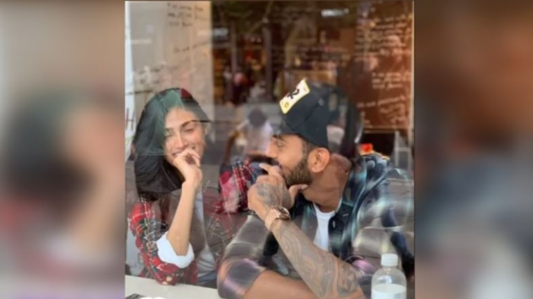 KL Rahul posted a cute picture with rumoured girlfriend Athiya Shetty on her 27th birthday.