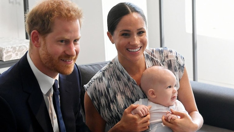 Meghan Markle Reveals Her 6 Month Old Baby Boy Archie Now Has Two Teeth Watch Adorable Video Lifestyle News