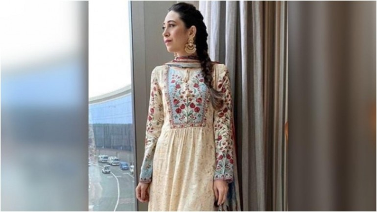Karisma Kapoor in an off-white ethnic ensemble for an event. (Photo: Instagram)