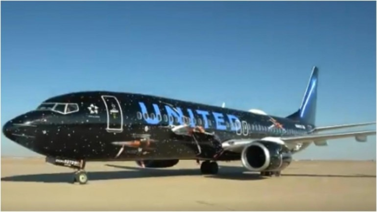 Screengrab from the video showing the Star Wars flight, posted by United Airlines on its official Twitter handle.
