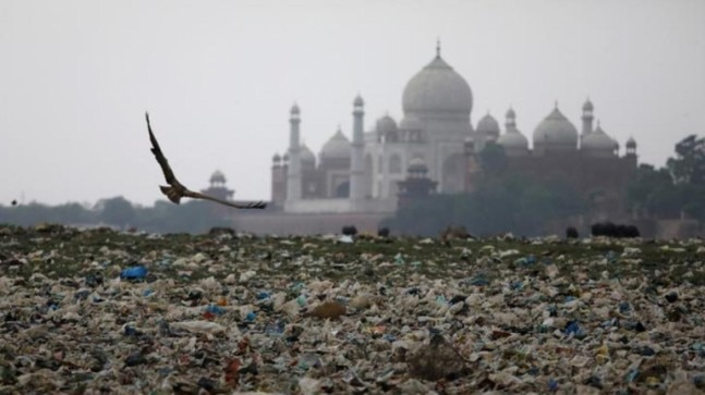 Agra looks to hike Taj entry prices to pay for fighting city's garbage problem