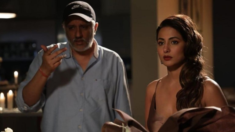 Hina Khan with Vikram Bhatt on the set of Hacked.