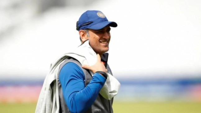 Star Sports plans for MS Dhoni to don commentators hat during day-night Test