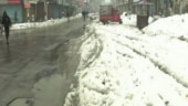 Snowfall leaves Srinagar without power for 3 days