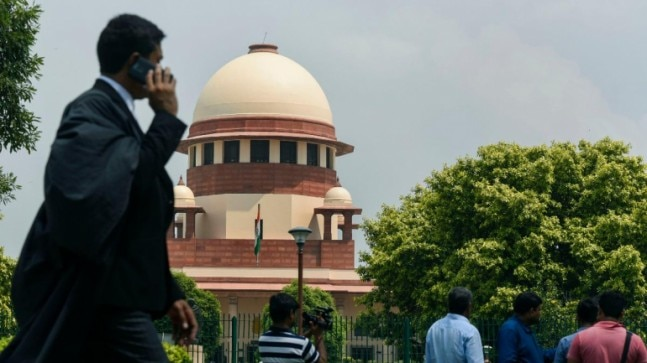 Answer every question raised on restrictions imposed in Kashmir: Supreme Court to J&K administration